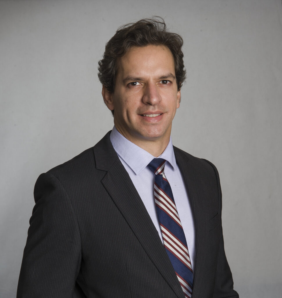 Dr. Thiago Cabral